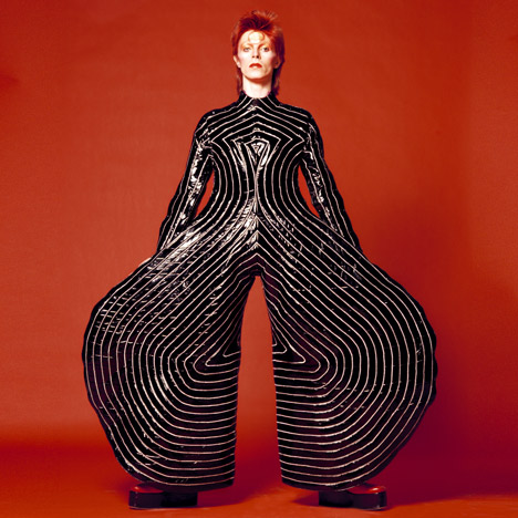 dezeen_David-Bowie-is-at-the-V-and-A_3a